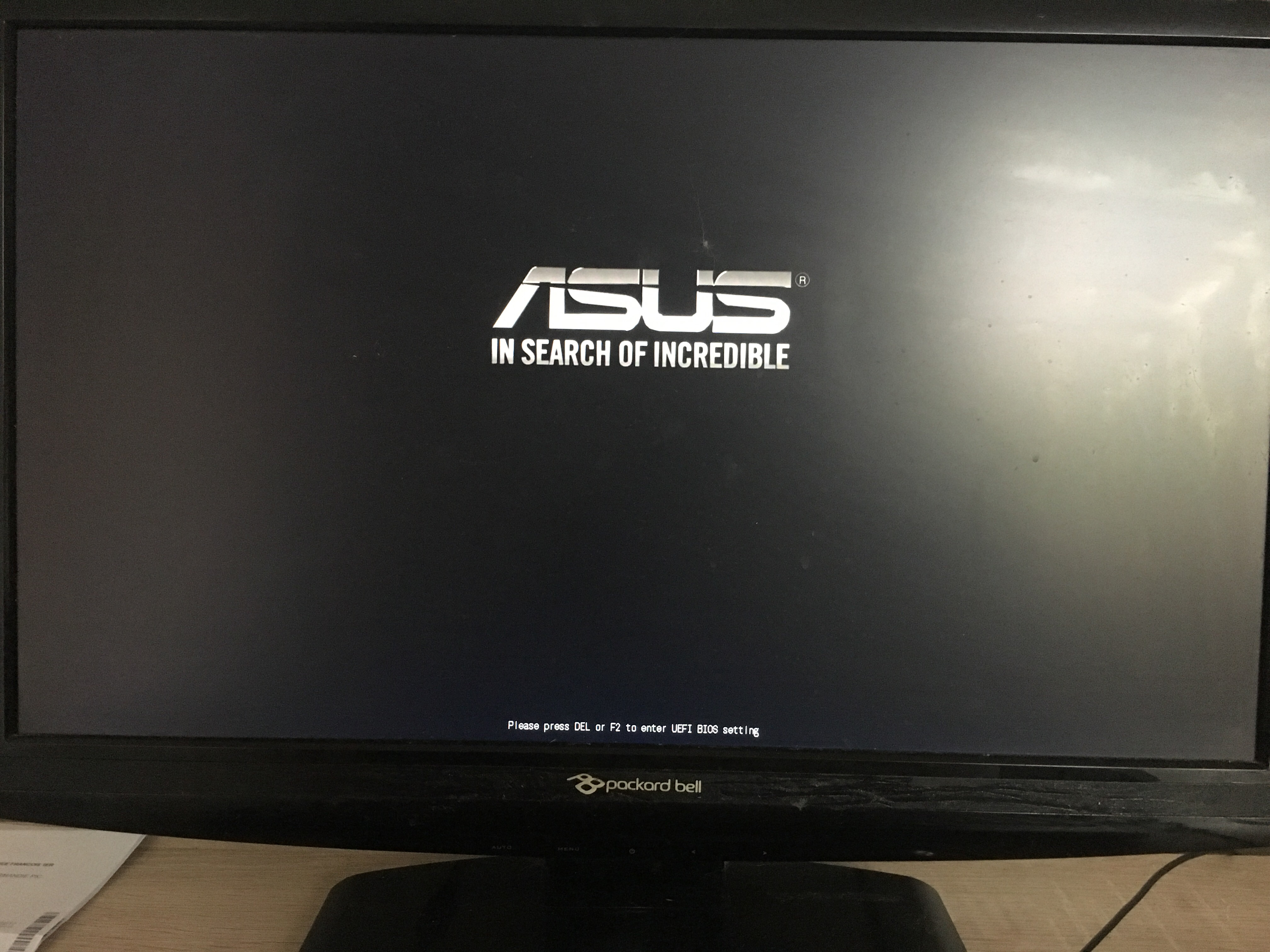 Solved] Stuck on asus motherboard logo (i5-4690,asus h97M-e,gtx760