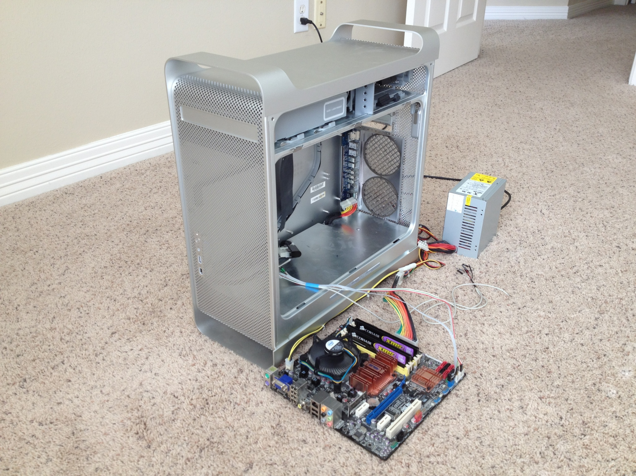 G5 mod with intact case and reused PSU | tonymacx86.com