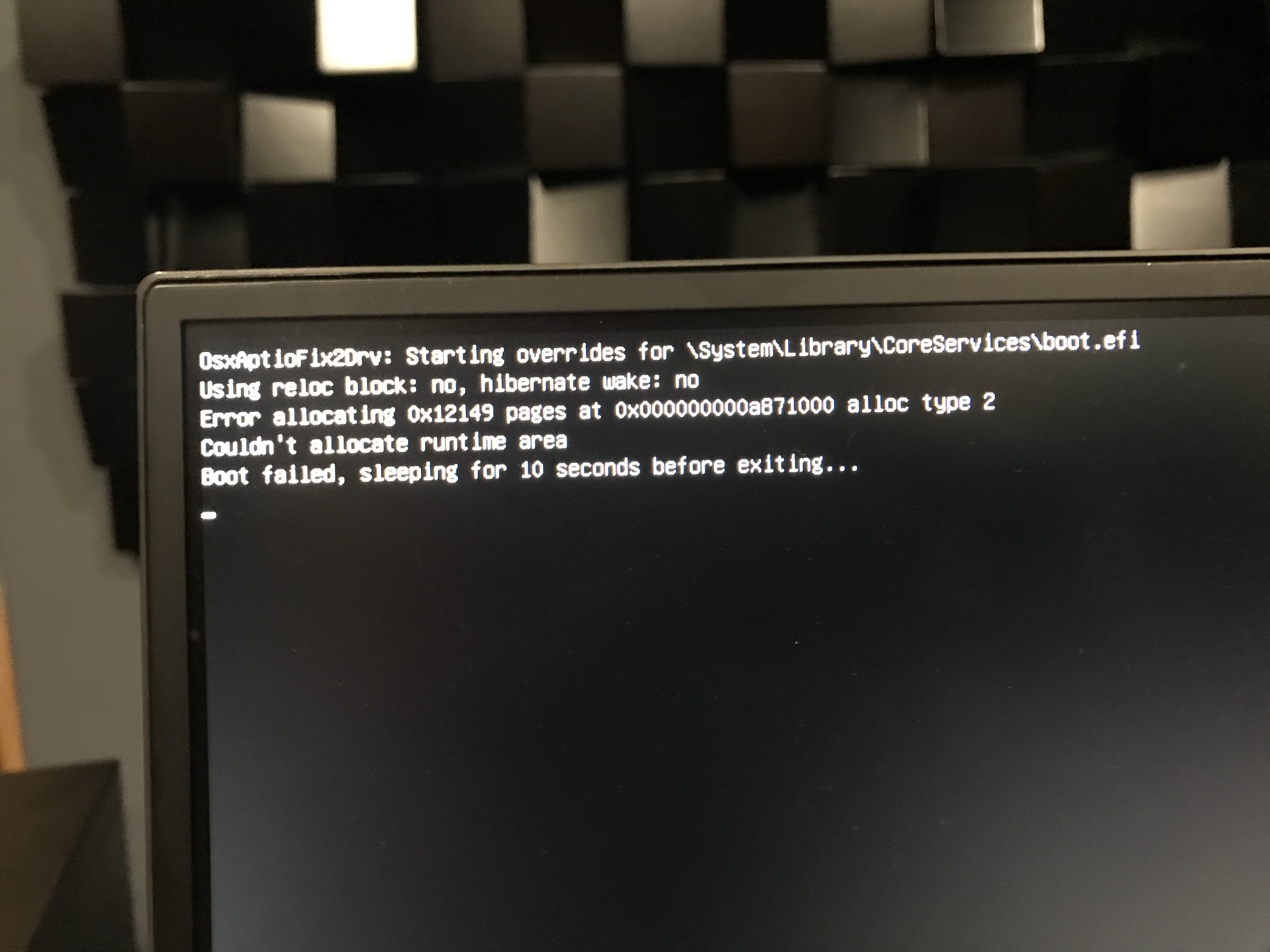 PC doesnt want to boot macOS Sierra half the time ...