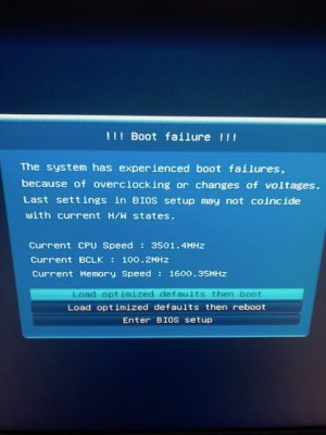 Help! - tried to make a bootable backup SSD and now I cant boot at
